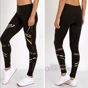 ALO Yoga Leggings, Size Medium